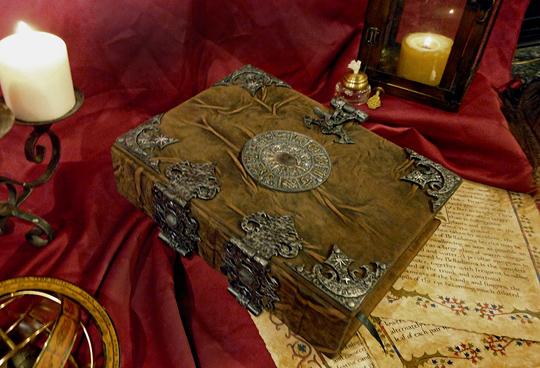 Il Grand Grimoire con la Grande Clavicola di Salomone [R]