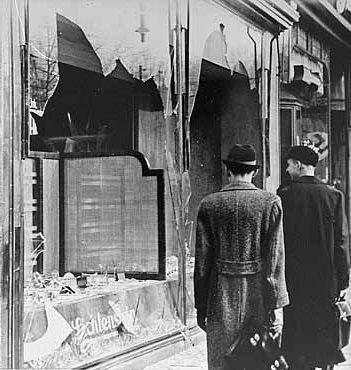 kristallnacht-broken-windows
