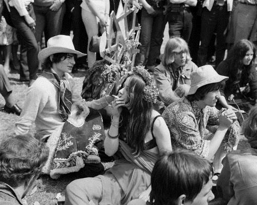 Hippies – La storia degli ultimi europei liberi4