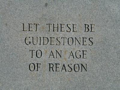 georgia-guidestones-i-comandamenti-del-nwo-1o