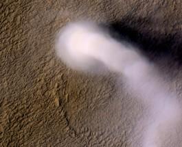 Le Strane Formazioni Nuvolose di Marte