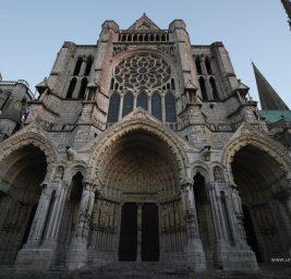 La Meravigliosa Cattedrale di Chartres