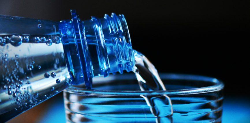 Trovate Microplastiche nell'Acqua in Bottiglia